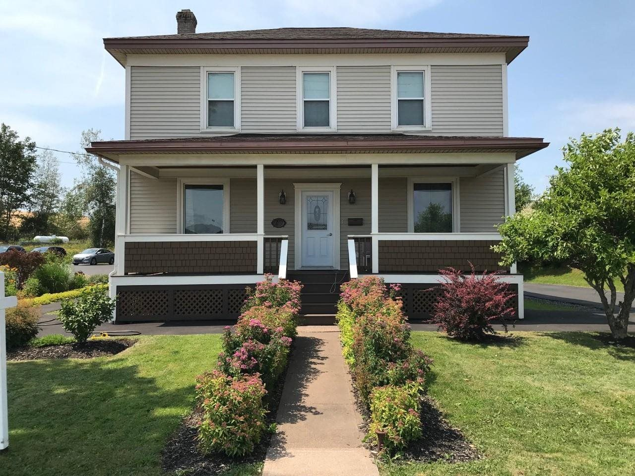 Main Photo: 625 East River Road in New Glasgow: 106-New Glasgow, Stellarton Residential for sale (Northern Region)  : MLS®# 202118231