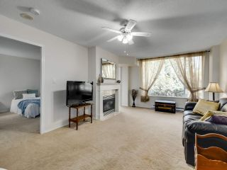 """Photo 6: 209 12148 224 Street in Maple Ridge: East Central Condo for sale in """"PANORAMA"""" : MLS®# R2565889"""