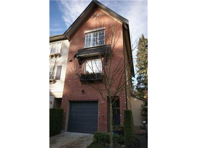 Main Photo: 12 550 BROWNING PLACE in : Seymour NV Townhouse for sale : MLS®# V922996