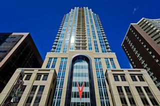 Main Photo: 1702 930 6 Avenue SW in Calgary: Downtown Commercial Core Apartment for sale : MLS®# A1076114