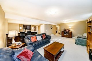 """Photo 13: 58 350 174 Street in Surrey: Pacific Douglas Townhouse for sale in """"The Greens"""" (South Surrey White Rock)  : MLS®# R2399792"""