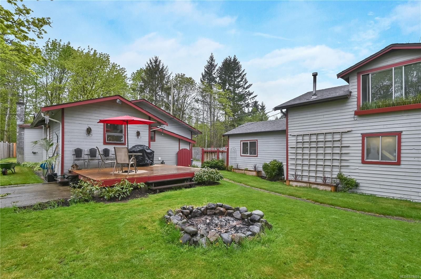 Main Photo: 2440 Quinsam Rd in : CR Campbell River West House for sale (Campbell River)  : MLS®# 874403