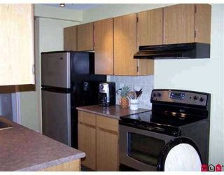 """Photo 1: 202 9672 134TH Street in Surrey: Whalley Condo for sale in """"PARKWOODS"""" (North Surrey)  : MLS®# F2908944"""