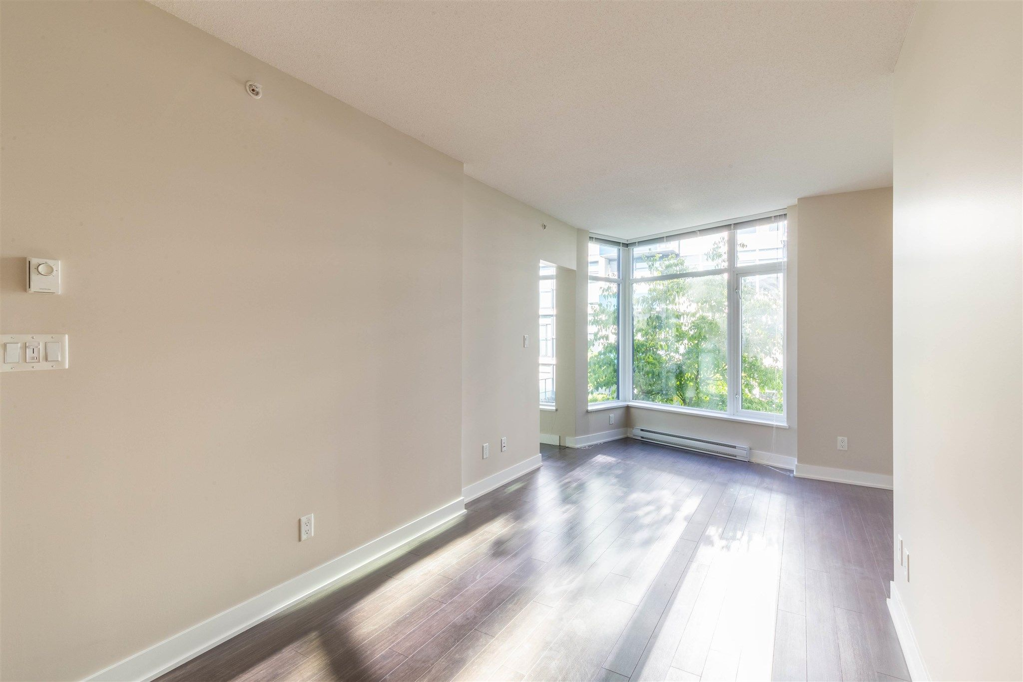 """Photo 11: Photos: 235 1777 W 7TH Avenue in Vancouver: Fairview VW Condo for sale in """"KITS 360"""" (Vancouver West)  : MLS®# R2607032"""