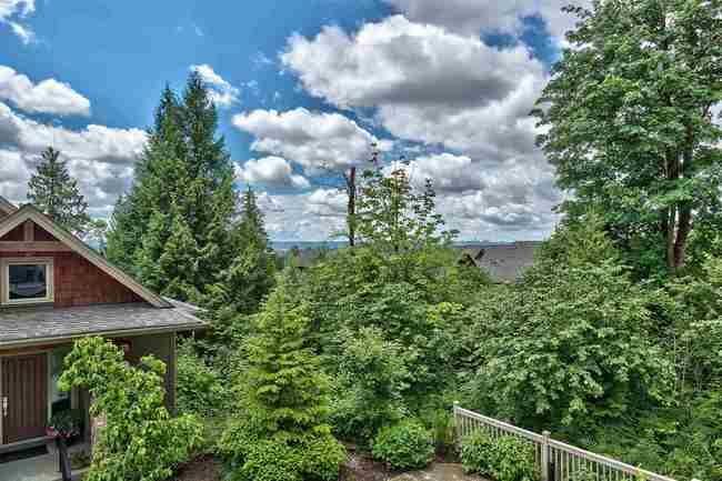 Main Photo: 115 3458 BURKE VILLAGE PROMENADE in Coquitlam: Home for sale : MLS®# R2305846