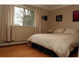 "Photo 7: 5209 LYNN Place in Ladner: Ladner Elementary House for sale in ""LADNER ELEMENTARY"" : MLS®# V809720"
