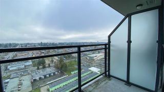 Photo 15: 2212 10777 UNIVERSITY Drive in Surrey: Whalley Condo for sale (North Surrey)  : MLS®# R2529255