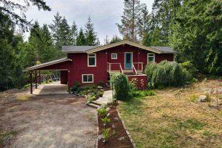 Photo 2: 8967 REDROOFFS Road in Halfmoon Bay: Halfmn Bay Secret Cv Redroofs House for sale (Sunshine Coast)  : MLS®# R2486282