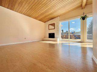 Photo 2: 8907 162 Street in Edmonton: Zone 22 House for sale : MLS®# E4243515