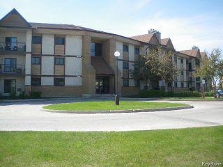 Photo 3: 201 Victor Lewis Drive in WINNIPEG: River Heights / Tuxedo / Linden Woods Condominium for sale (South Winnipeg)  : MLS®# 1526496