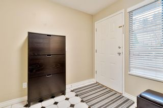 """Photo 2: 13 1838 HARBOUR Street in Port Coquitlam: Citadel PQ Townhouse for sale in """"GRACEDALE"""" : MLS®# R2424982"""