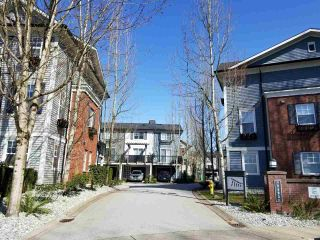 """Photo 3: 44 2495 DAVIES Avenue in Port Coquitlam: Central Pt Coquitlam Townhouse for sale in """"ARBOUR"""" : MLS®# R2561858"""