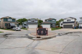 Photo 3: 30 Jean-Baptiste Lavoie Place in Winnipeg: Windsor Park Residential for sale (2G)  : MLS®# 202114449