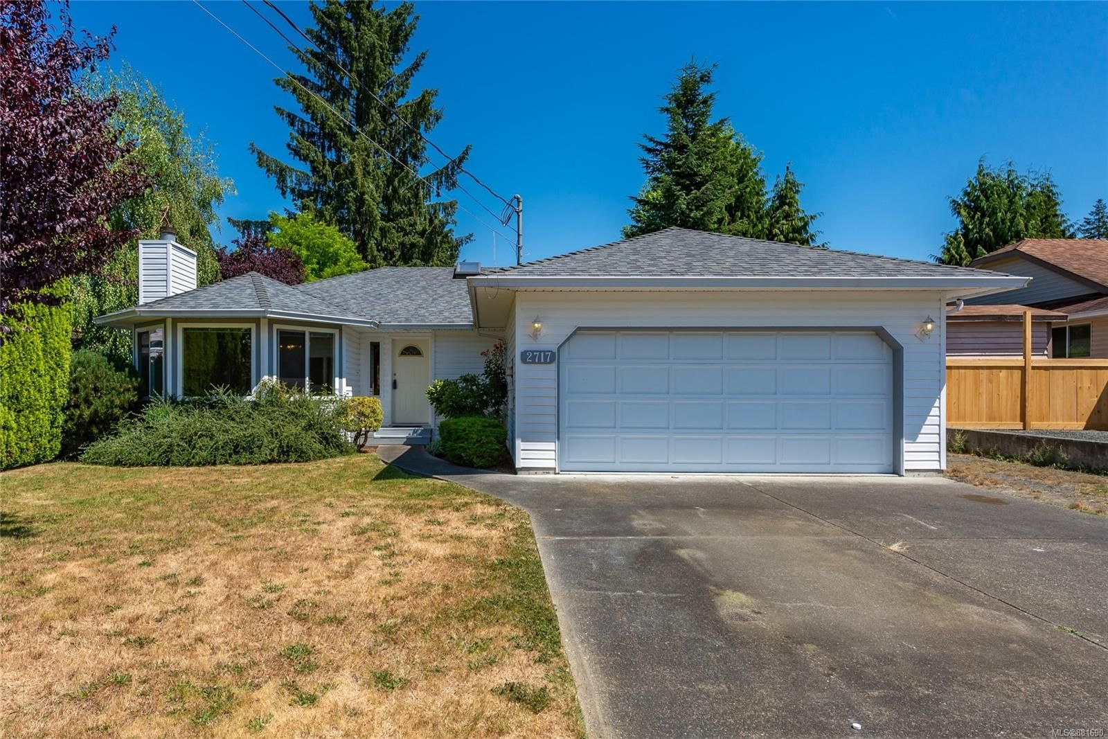 Main Photo: 2717 Fairmile Rd in : CR Willow Point House for sale (Campbell River)  : MLS®# 881690