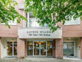 Photo 3: 203 789 W 16TH AVENUE in Vancouver: Fairview VW Condo for sale (Vancouver West)  : MLS®# R2600060