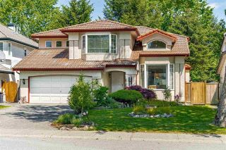Main Photo: 20675 90 Avenue in Langley: Walnut Grove House for sale : MLS®# R2603778