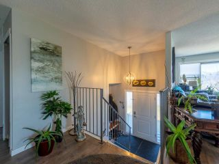 Photo 2: 167 SILVERTHRONE Crescent in Kamloops: Sahali House for sale : MLS®# 161663