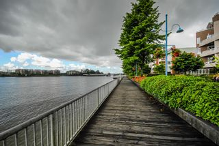 Photo 21: # 409 1150 QUAYSIDE DR in New Westminster: Quay Condo for sale : MLS®# V1109287