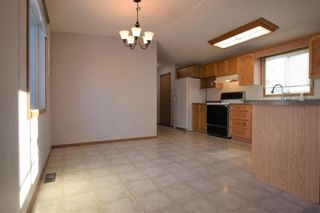 Photo 5: 5 BIRCH Crescent in St Clements: Birdshill Mobile Home Park Residential for sale (R02)  : MLS®# 1932095
