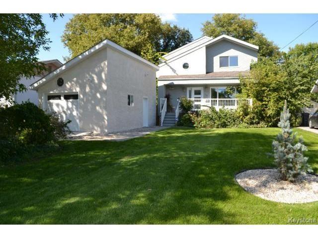 Main Photo: 79 St Michael Road in WINNIPEG: St Vital Residential for sale (South East Winnipeg)  : MLS®# 1423097