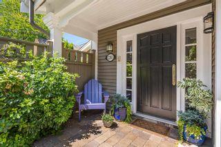 Photo 3: 2261 W 13TH Avenue in Vancouver: Kitsilano Condo for sale (Vancouver West)  : MLS®# R2603370