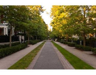 Photo 10: # 203 6833 VILLAGE GREEN in Burnaby: Condo for sale : MLS®# V844427