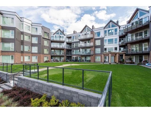 Main Photo: 105 378 ESPLANADE Avenue: Harrison Hot Springs Condo for sale : MLS®# R2441659