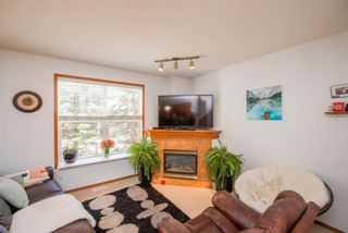 Photo 6: 74 Discovery Heights SW in Calgary: Discovery Ridge Row/Townhouse for sale : MLS®# A1104755