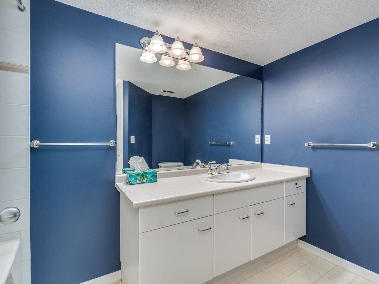 """Photo 24: Photos: 320 1252 TOWN CENTRE Boulevard in Coquitlam: Canyon Springs Condo for sale in """"The Kennedy"""" : MLS®# R2595291"""