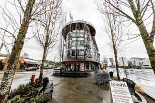 """Photo 1: 207 935 W 16TH Street in North Vancouver: Mosquito Creek Condo for sale in """"Gateway"""" : MLS®# R2440325"""