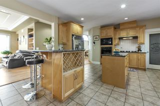 Photo 6: 2265 LECLAIR Drive in Coquitlam: Coquitlam East House for sale : MLS®# R2572094