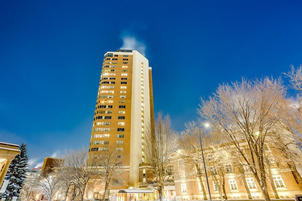 Main Photo: 2420 720 13 Avenue SW in Calgary: Beltline Apartment for sale : MLS®# A1069163