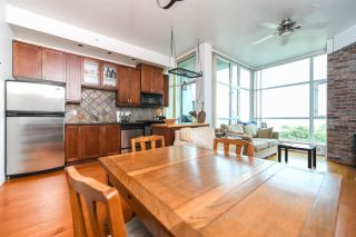 """Photo 1: 316 2515 ONTARIO Street in Vancouver: Mount Pleasant VW Condo for sale in """"ELEMENTS"""" (Vancouver West)  : MLS®# R2197101"""