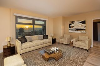 Photo 4: DOWNTOWN Condo for sale : 2 bedrooms : 645 Front St #1612 in San Diego