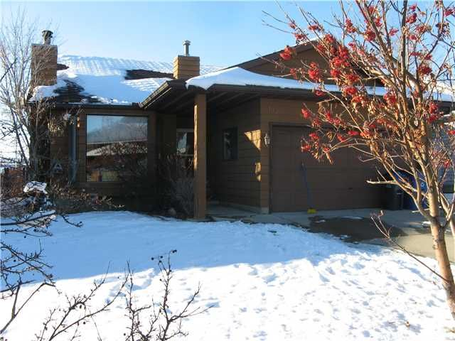 Main Photo: 100 GLENHILL Drive in : Cochrane Residential Detached Single Family for sale : MLS®# C3592319