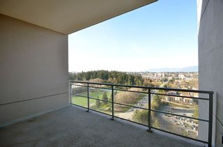 "Photo 20: 2706 280 ROSS Drive in New Westminster: Fraserview NW Condo for sale in ""CARLYLE"" : MLS®# R2082158"
