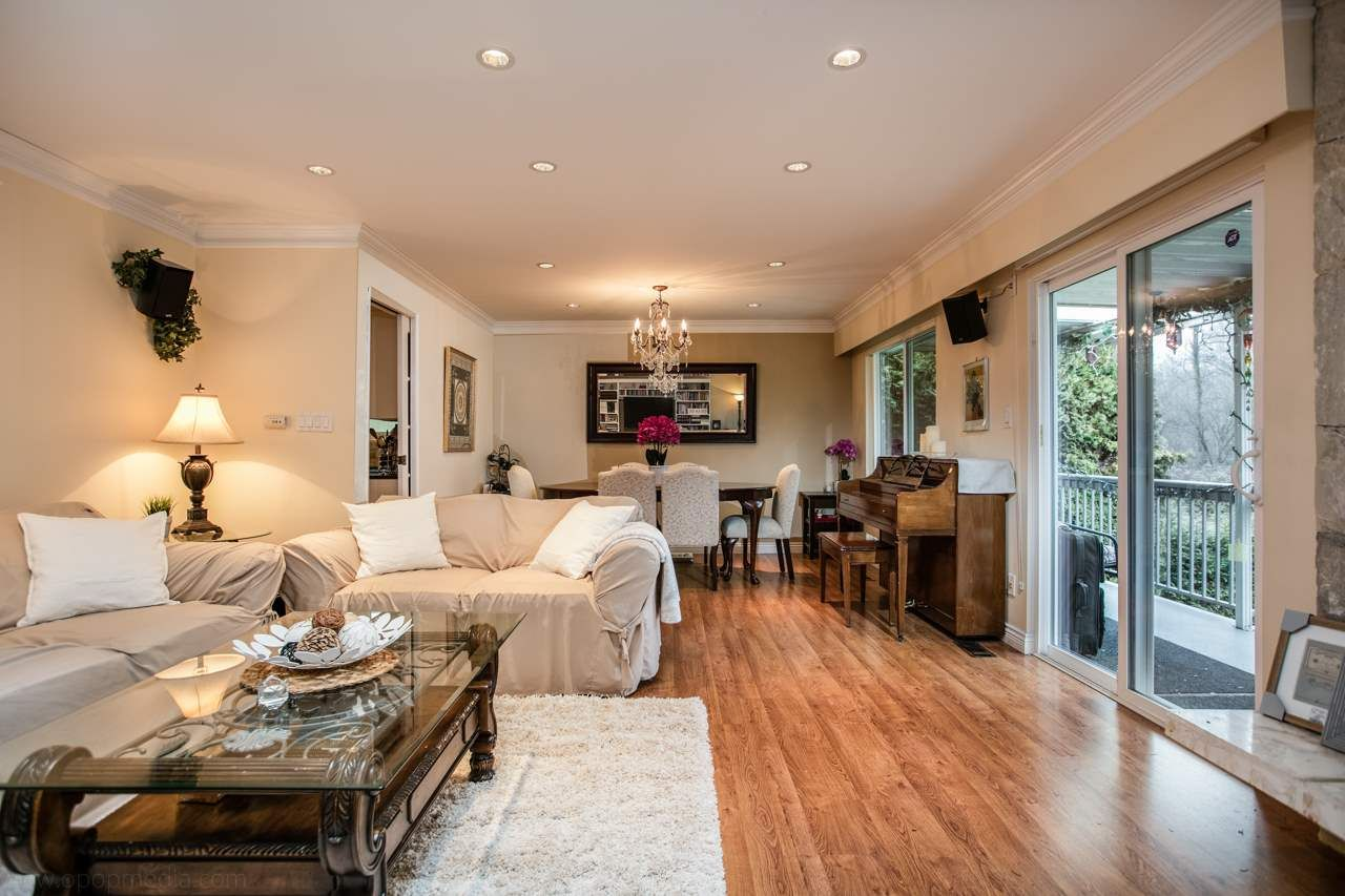 """Main Photo: 3168 E 63RD Avenue in Vancouver: Champlain Heights House for sale in """"CHAMPLAIN HEIGHTS"""" (Vancouver East)  : MLS®# R2027923"""
