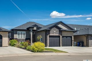 Photo 2: 338 Player Crescent in Warman: Residential for sale : MLS®# SK852680