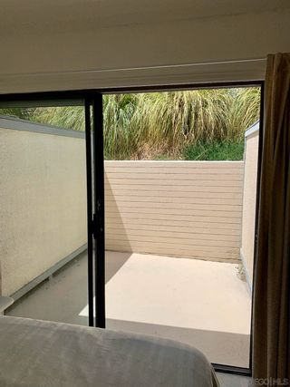 Photo 10: LA COSTA Condo for sale : 1 bedrooms : 2376 Altisma Way #E in Carlsbad