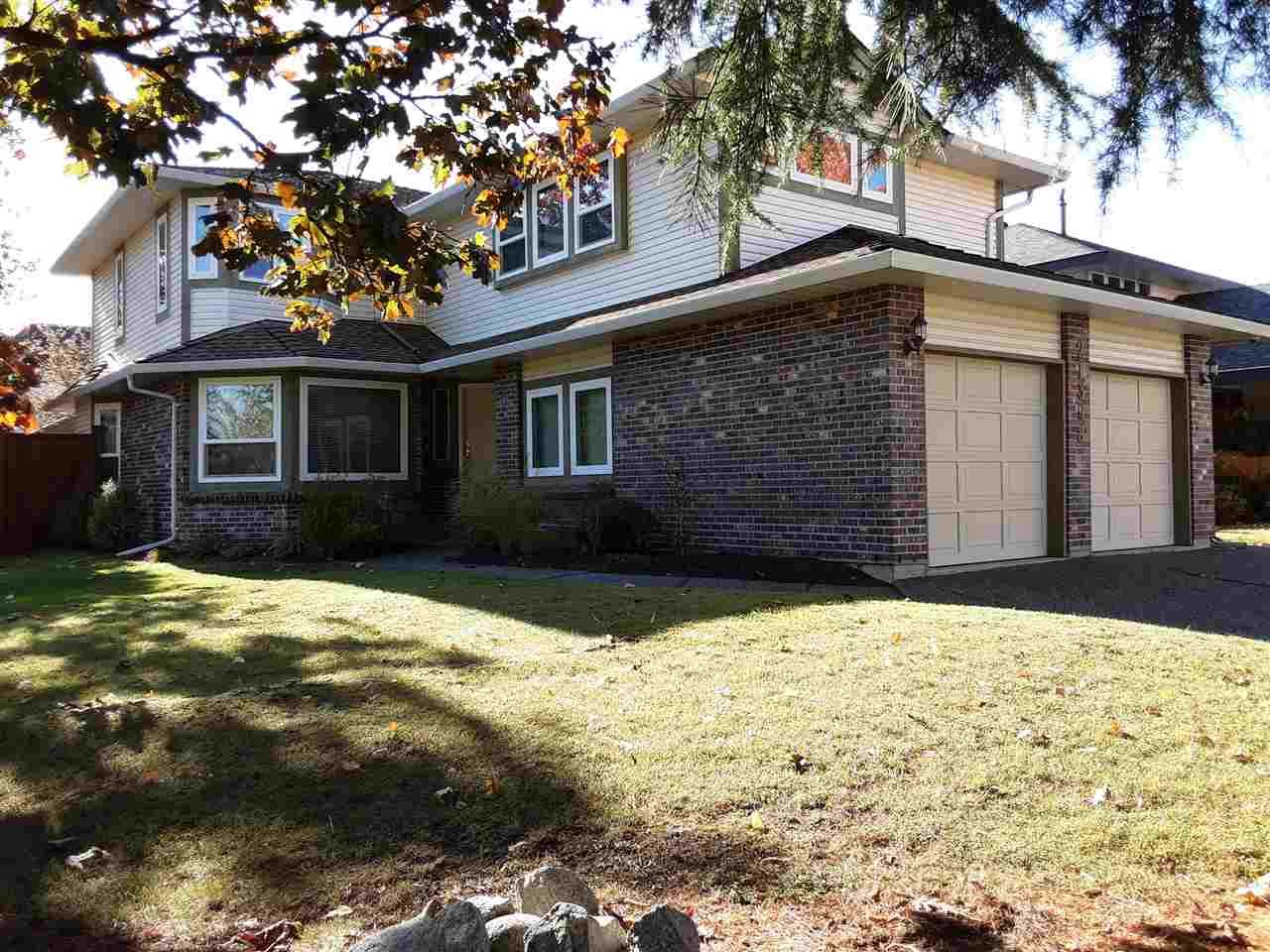 """Main Photo: 21398 86A Crescent in Langley: Walnut Grove House for sale in """"FOREST HILLS"""" : MLS®# R2514189"""