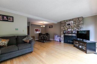 """Photo 2: 3011 CARINA Place in Burnaby: Simon Fraser Hills Townhouse for sale in """"SIMON FRASER HILLS"""" (Burnaby North)  : MLS®# R2174314"""