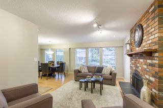 Photo 3: 935 MERRITT Street in Coquitlam: Harbour Chines House for sale : MLS®# R2266786