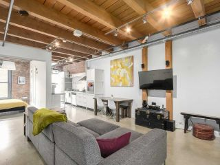 "Main Photo: 205 55 E CORDOVA Street in Vancouver: Downtown VE Condo for sale in ""KORET LOFTS"" (Vancouver East)  : MLS(r) # R2182301"