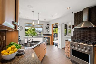 Photo 2: 327 W 26TH Street in North Vancouver: Upper Lonsdale House for sale : MLS®# R2582340