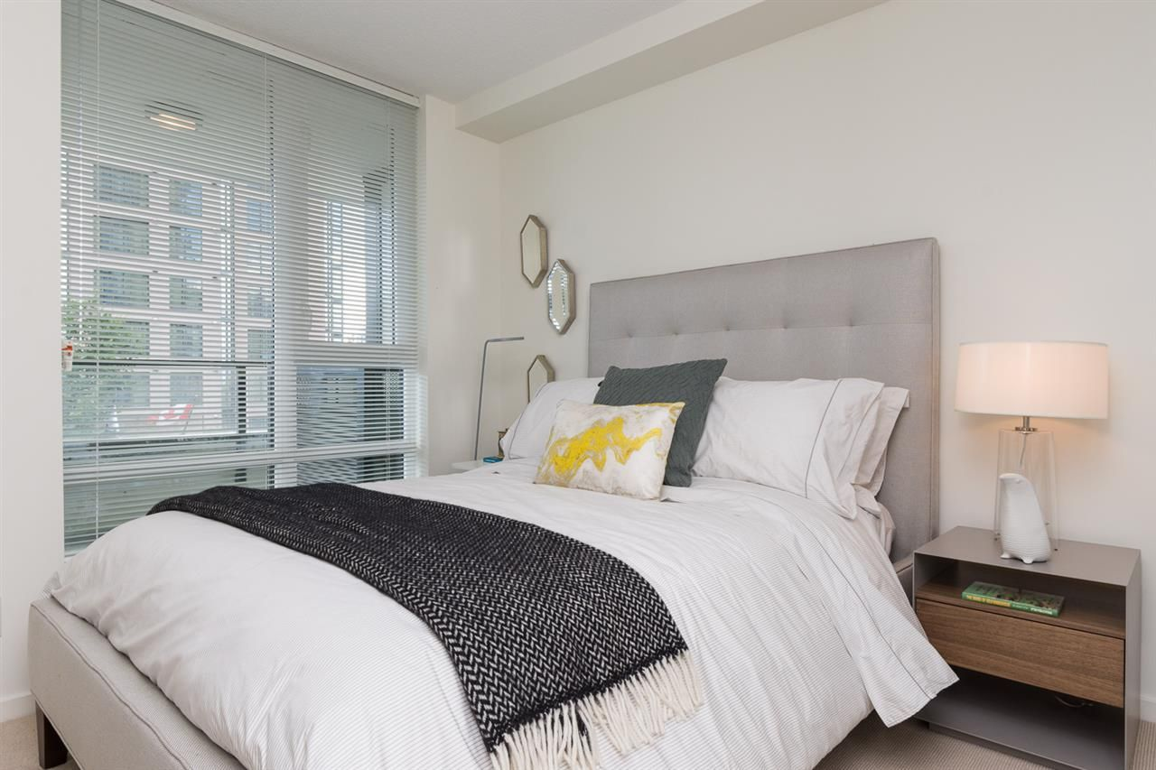 """Photo 7: Photos: 503 7788 ACKROYD Road in Richmond: Brighouse Condo for sale in """"QUINTET"""" : MLS®# R2099187"""