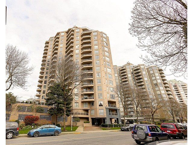 Main Photo: 906 1185 QUAYSIDE DRIVE in New Westminster: Quay Condo for sale : MLS®# R2047868