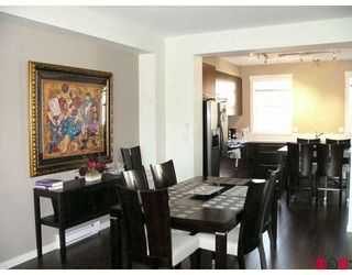 """Photo 3: 4 18983 72A Avenue in Surrey: Clayton Townhouse for sale in """"KEW by Mosaic"""" (Cloverdale)  : MLS®# F2909372"""