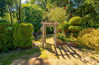 Photo 16: 6369 Eagles Dr in : CV Courtenay North House for sale (Comox Valley)  : MLS®# 884175