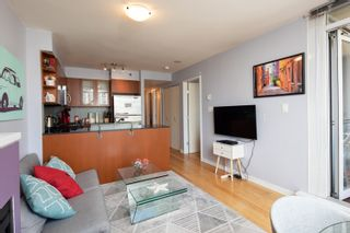 """Photo 16: 1108 822 SEYMOUR Street in Vancouver: Downtown VW Condo for sale in """"L'ARIA"""" (Vancouver West)  : MLS®# R2393856"""
