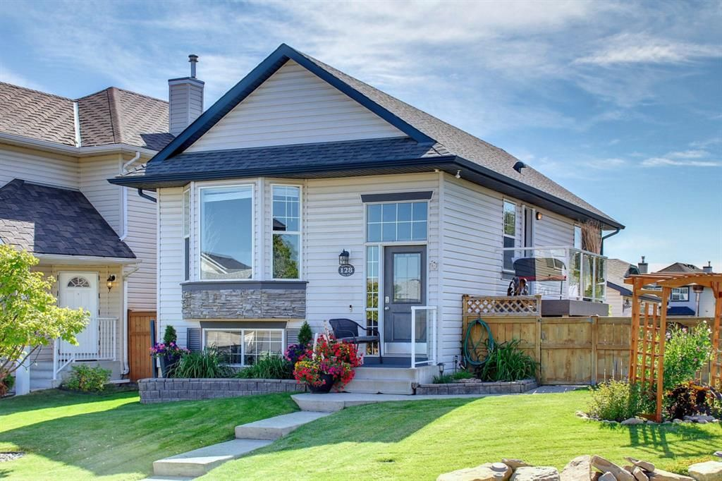 Main Photo: 128 Cramond Crescent SE in Calgary: Cranston Detached for sale : MLS®# A1144814